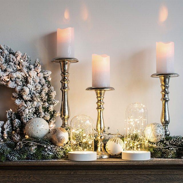 Jak udekorować świąteczny kominek