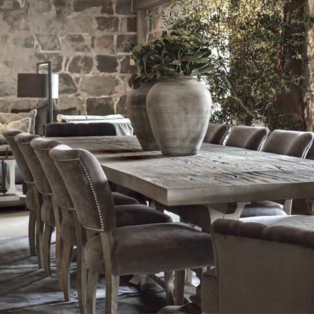 Drewniane meble - jakość i elegancja