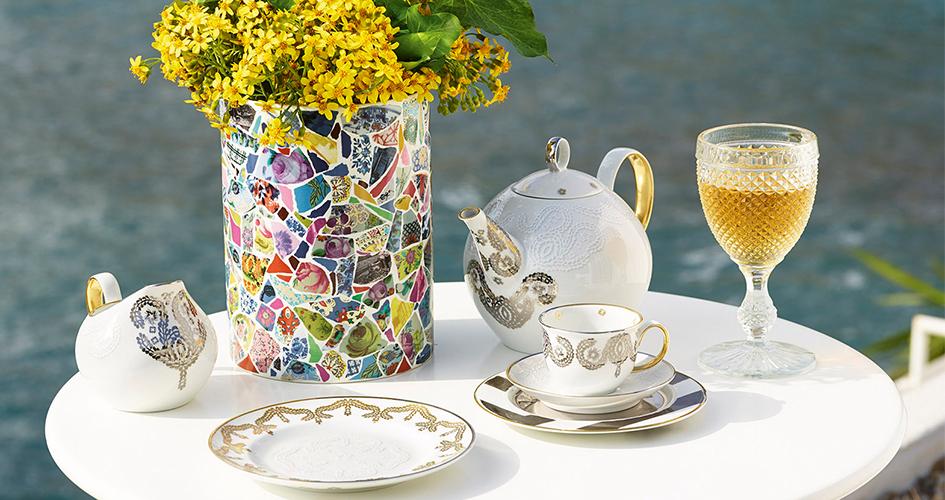 Vista Alegre Design na stole
