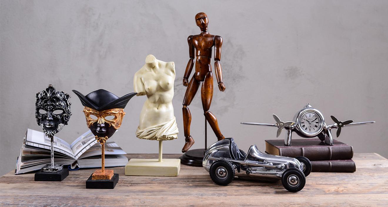 Authentic Models Figurki