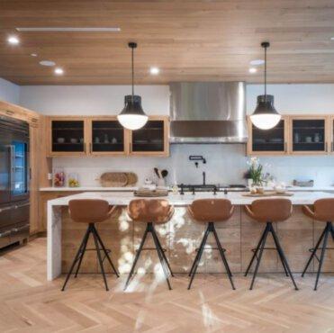 Jak oddzielić aneks kuchenny od salonu?